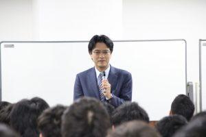倉山満先生